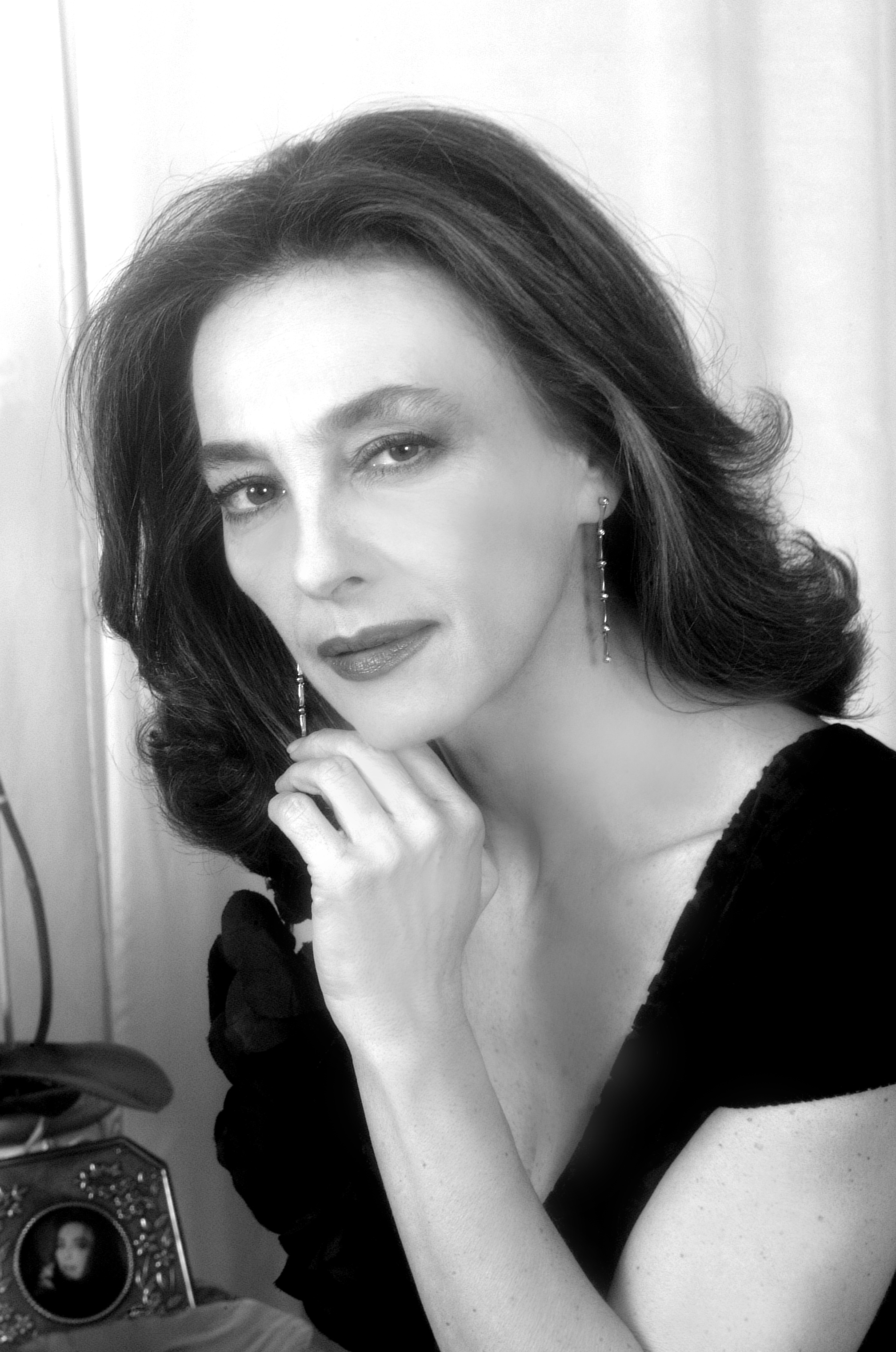 Maria Rosaria Omaggio Nude Photos 6